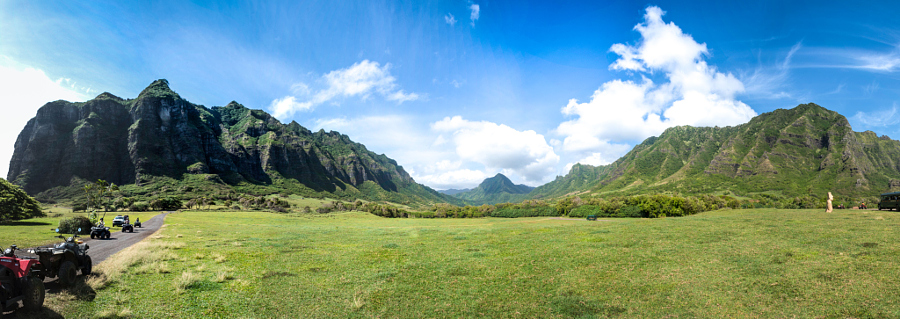 Panorama of Kualoa Ranch, Oahu, Hawaii