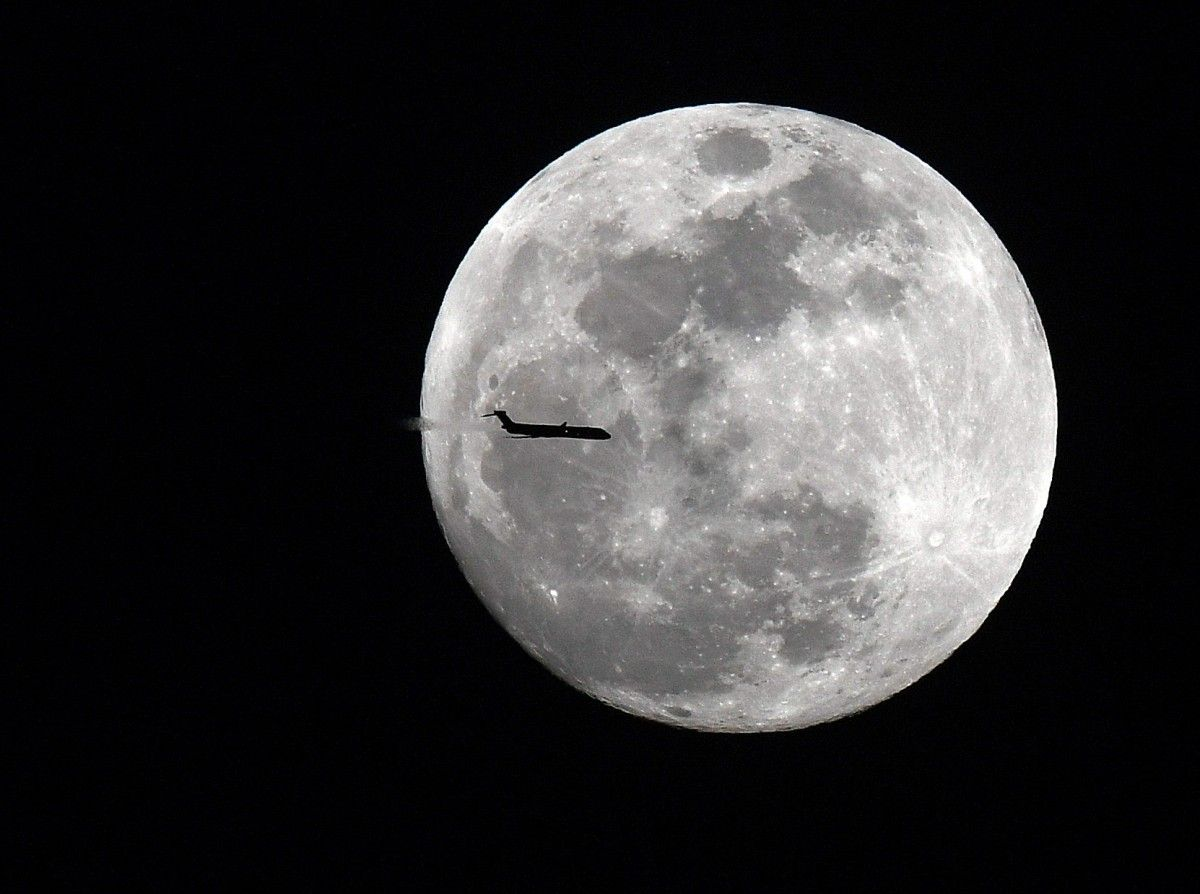 Кровавое лунное затмение: фото со всего мира
