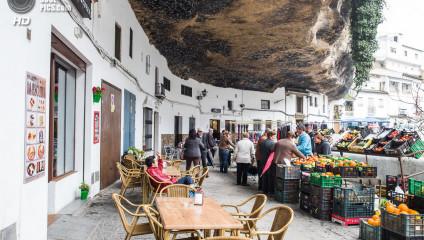 Сетениль-Де-Лас-Бодегас – город вросший в скалу