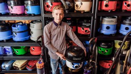 Подросток зарабатывает на пылесосах: когда хобби приносит успех