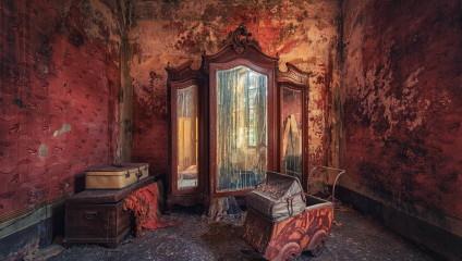 Величественные, но покинутые: Европа на фото Маттиаса Хакера