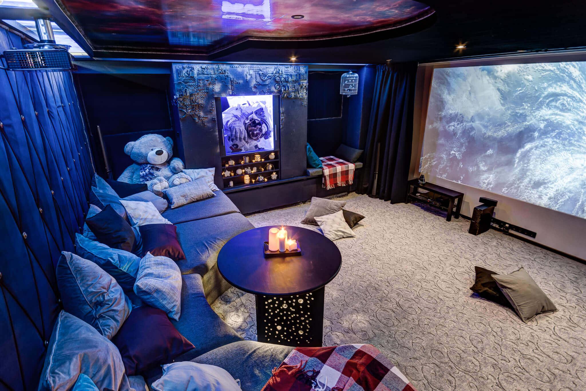 cinema-gallery-interior