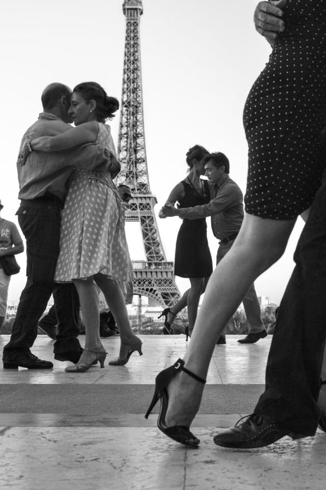 «Французский поцелуй – любовное письмо Парижу» от фотографа Питера Тёрнли