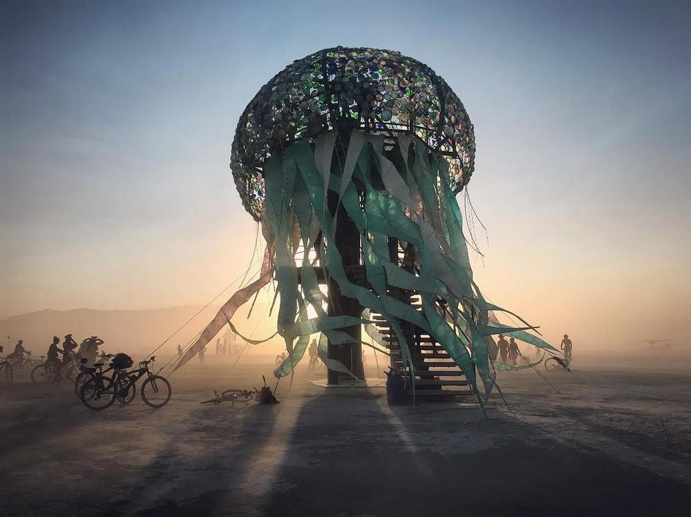 fotografii-festivalya-Burning-Man-2018_12