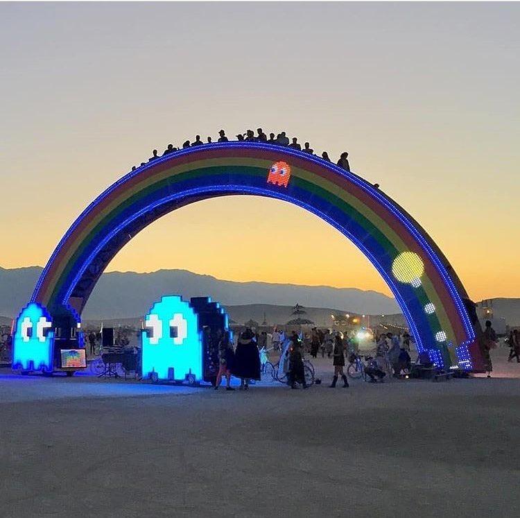 fotografii-festivalya-Burning-Man-2018_24