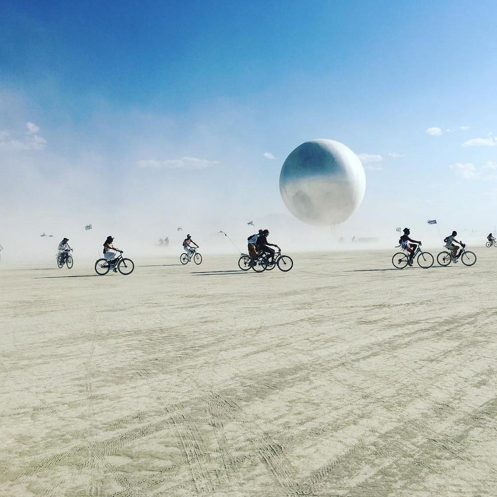 fotografii-festivalya-Burning-Man-2018_30
