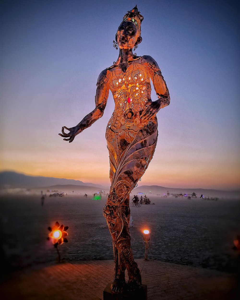 fotografii-festivalya-Burning-Man-2018_6