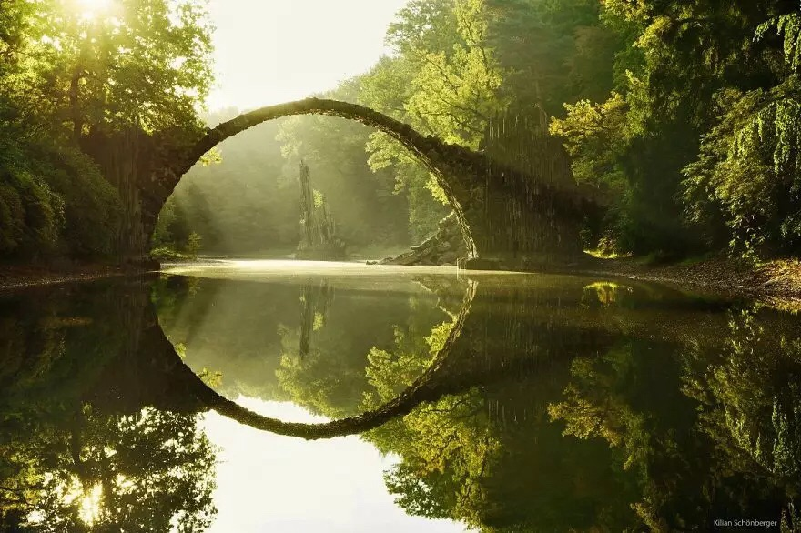 Мост на озере Ракотц, Германия