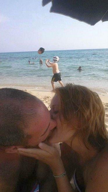Пара попросила отфотошопить их совместное фото: результат был неожиданным