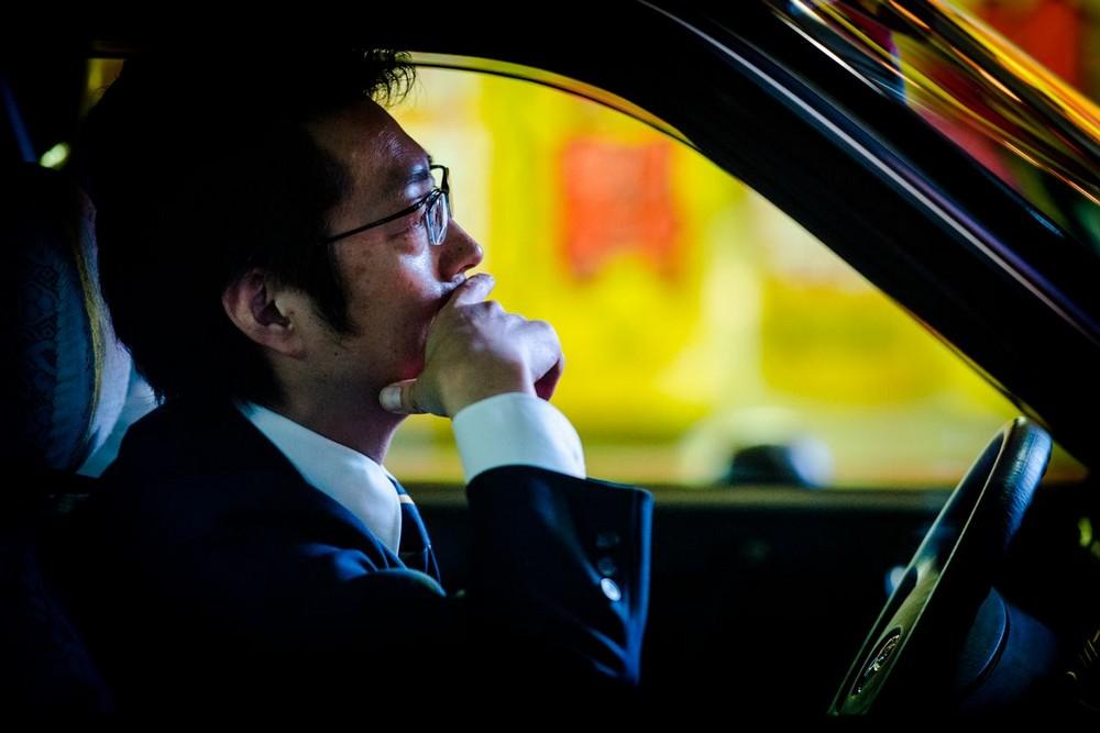nochnye-taksisty-Tokio-fotograf-Oleg-Tolstoy_1
