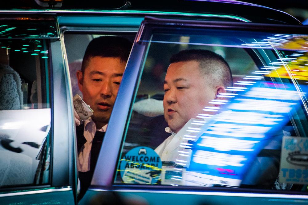 nochnye-taksisty-Tokio-fotograf-Oleg-Tolstoy_10