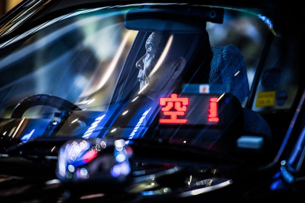nochnye-taksisty-Tokio-fotograf-Oleg-Tolstoy_13