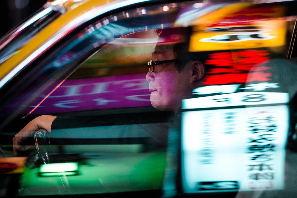 nochnye-taksisty-Tokio-fotograf-Oleg-Tolstoy_3
