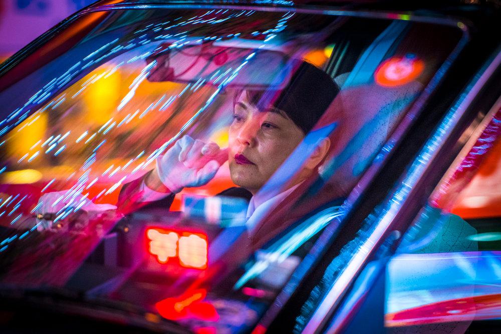 nochnye-taksisty-Tokio-fotograf-Oleg-Tolstoy_4