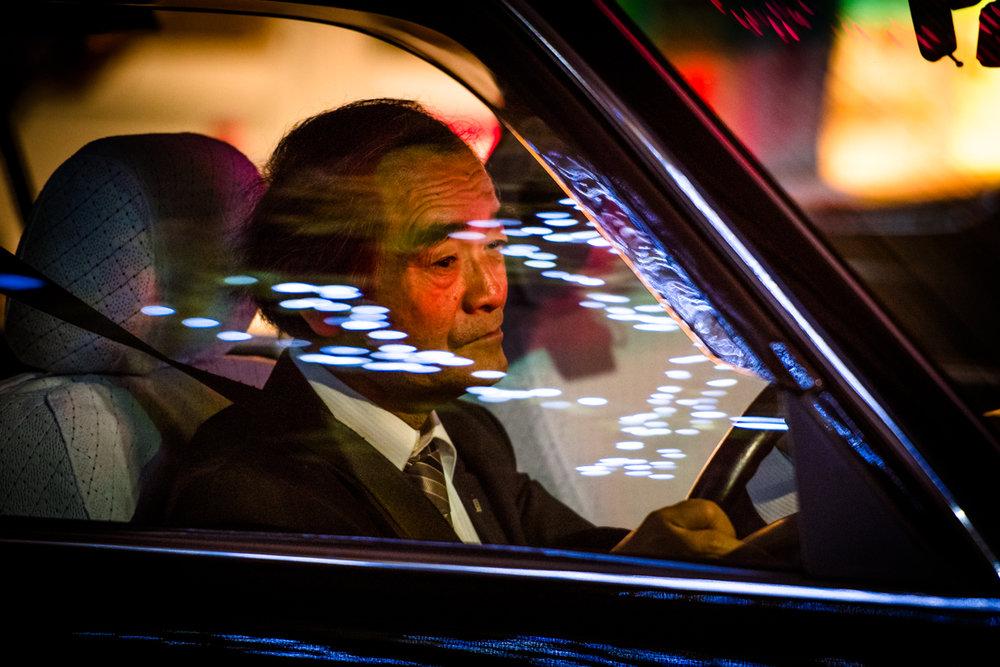 nochnye-taksisty-Tokio-fotograf-Oleg-Tolstoy_6