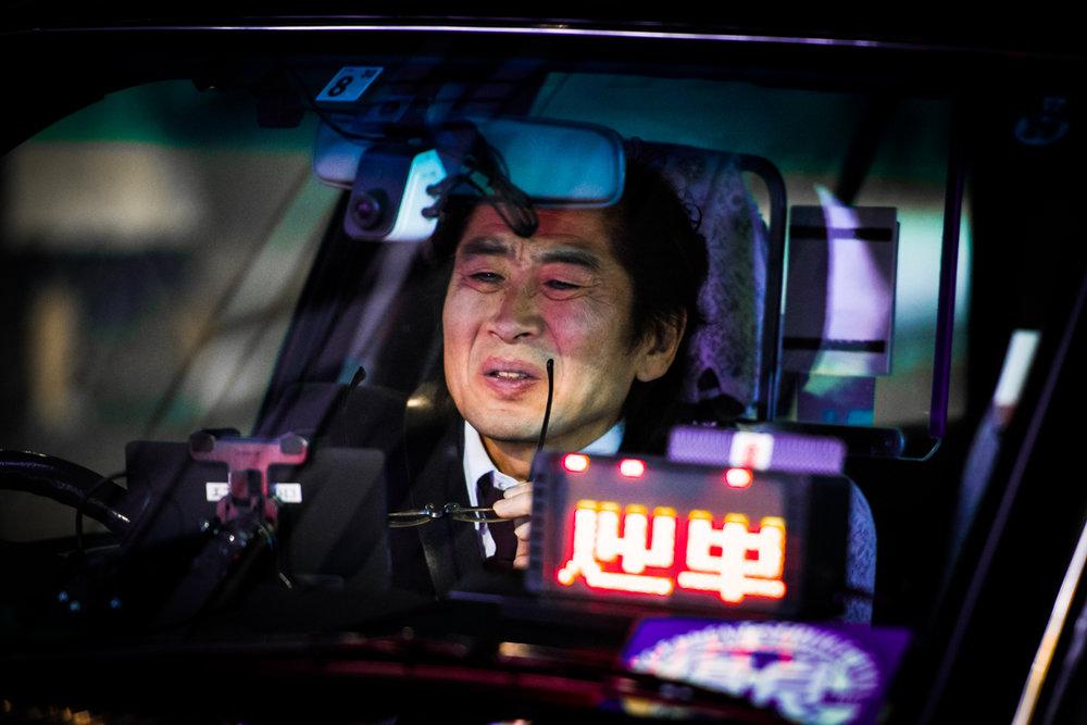 nochnye-taksisty-Tokio-fotograf-Oleg-Tolstoy_9