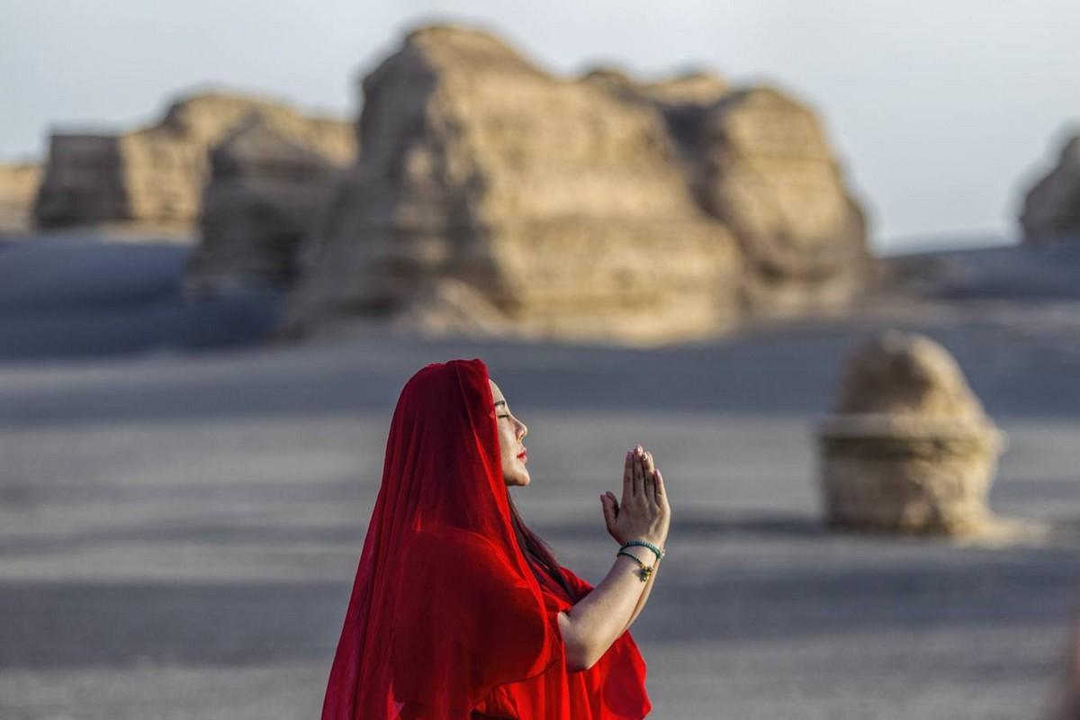 Столетия жизни: китайский оазис Дуньхуан