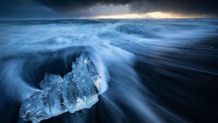 Северное сияние, ледники и пещеры: Исландия глазами фотографа Эреза Маромпа