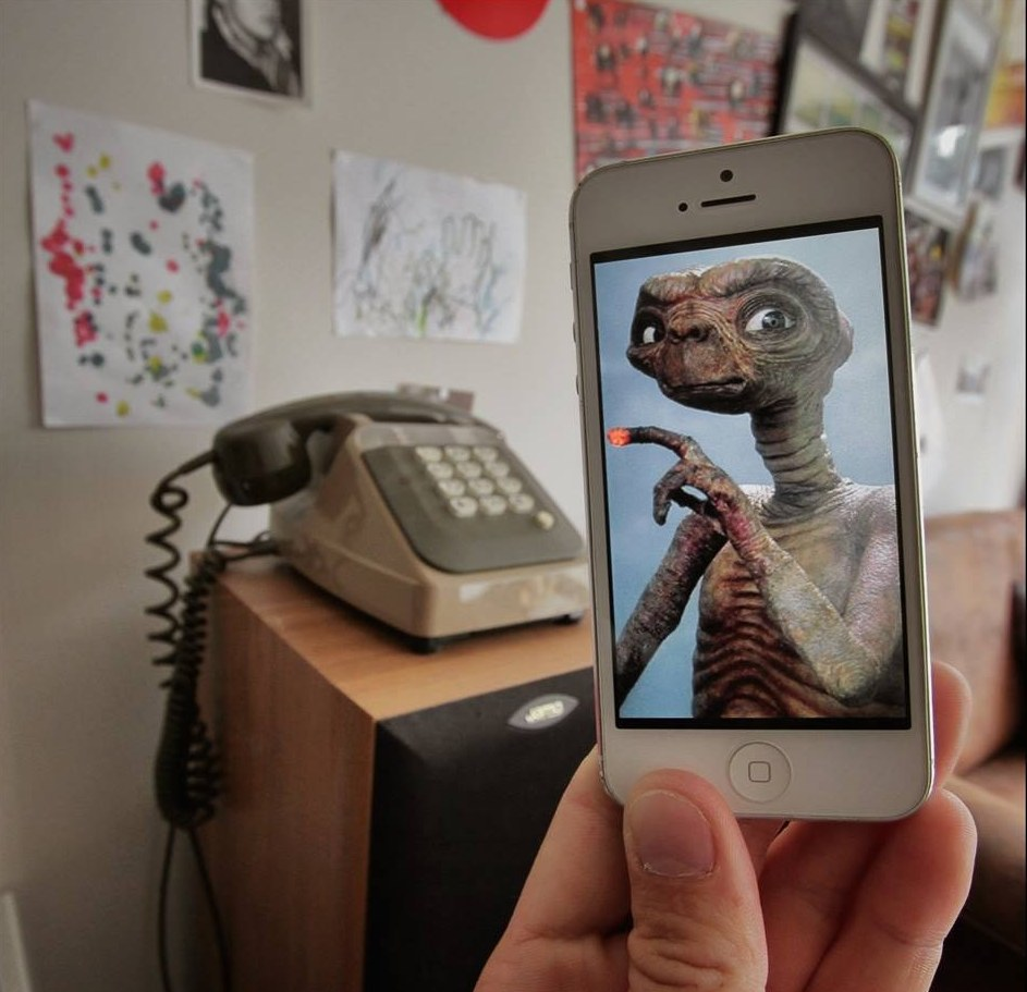 iPhone и воображение: необычные фотографии с дополненной реальностью