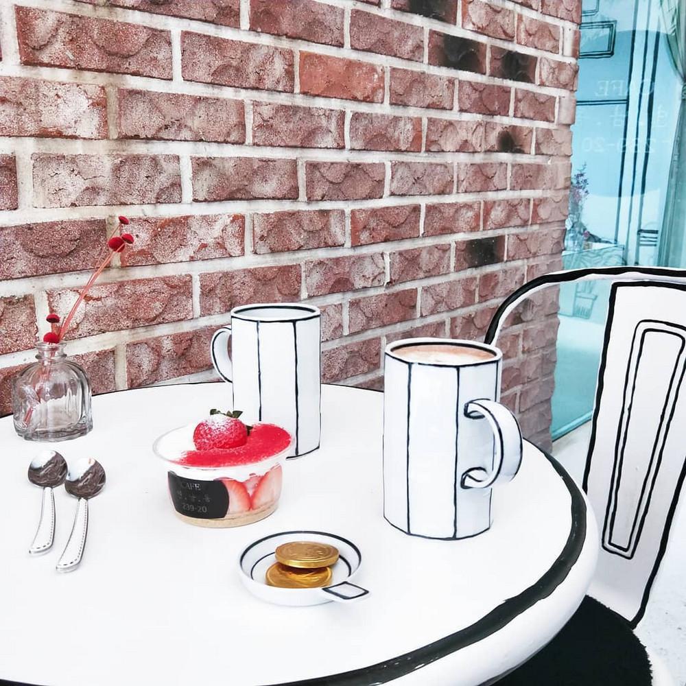 neobychnoe-kafe-v-Seule_7
