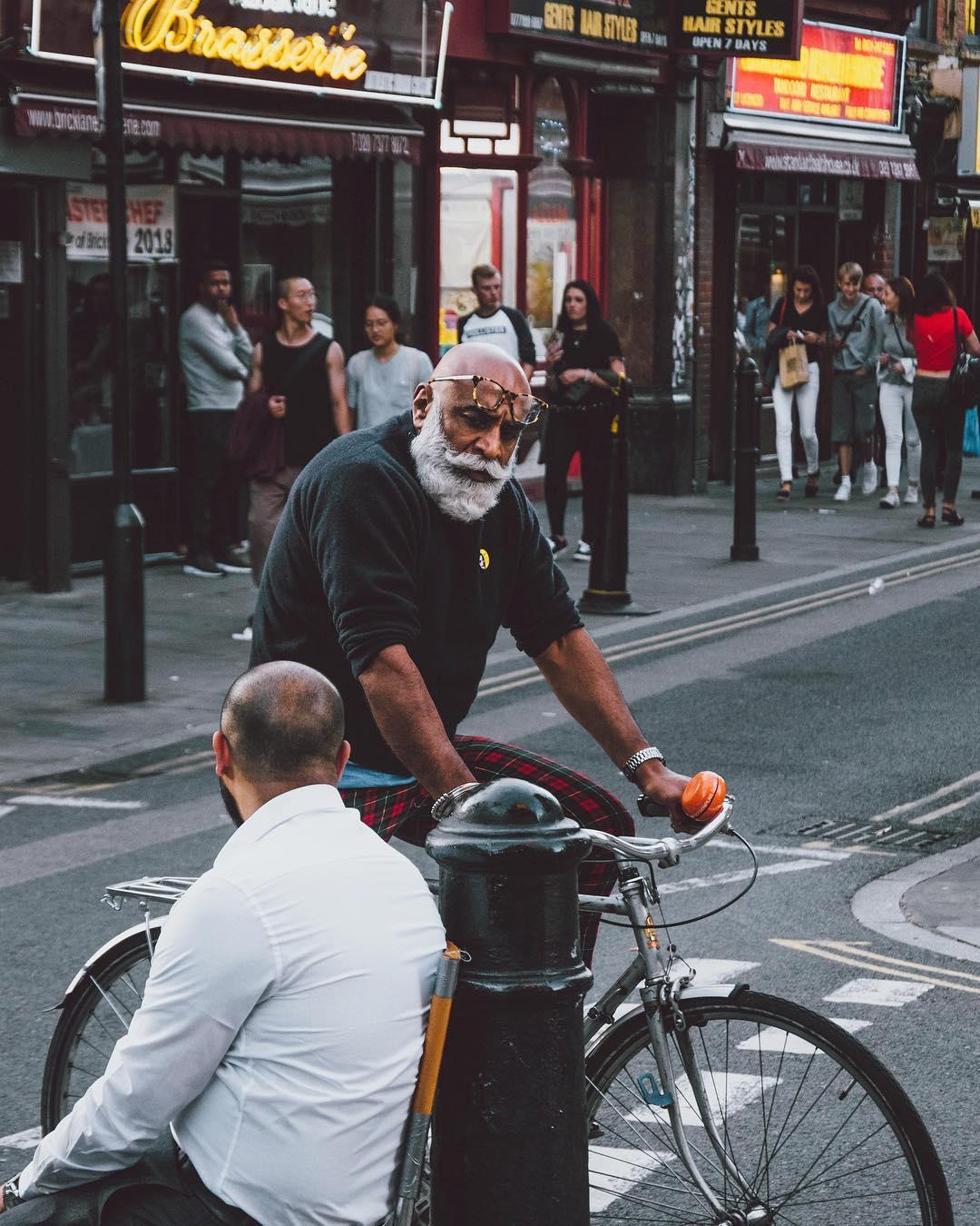 Красота момента: уличные снимки Марека Калхуса