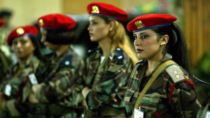 Кто из знаменитостей нанимает женщин-телохранителей?