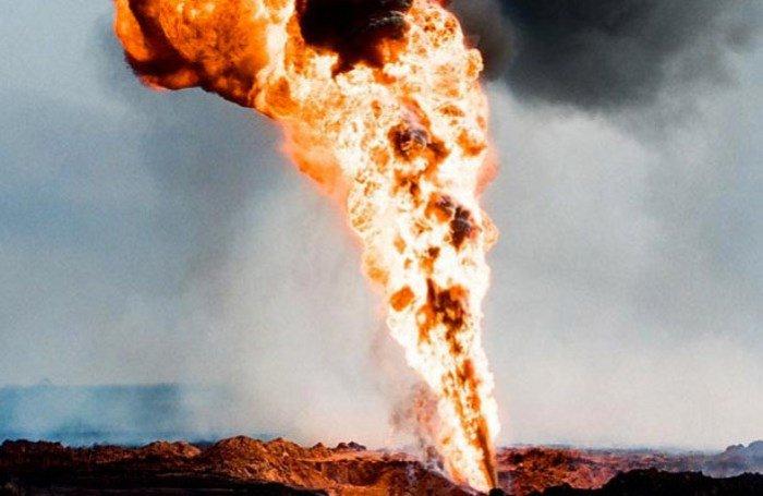 Тушение пожара на газовой скважине в СССР