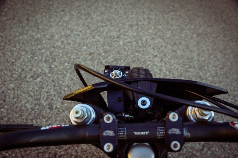 Gunn Design_ трекер Harley_Davidson Sportster Super Hooligan_14 фото _ 1 видео_ (2)