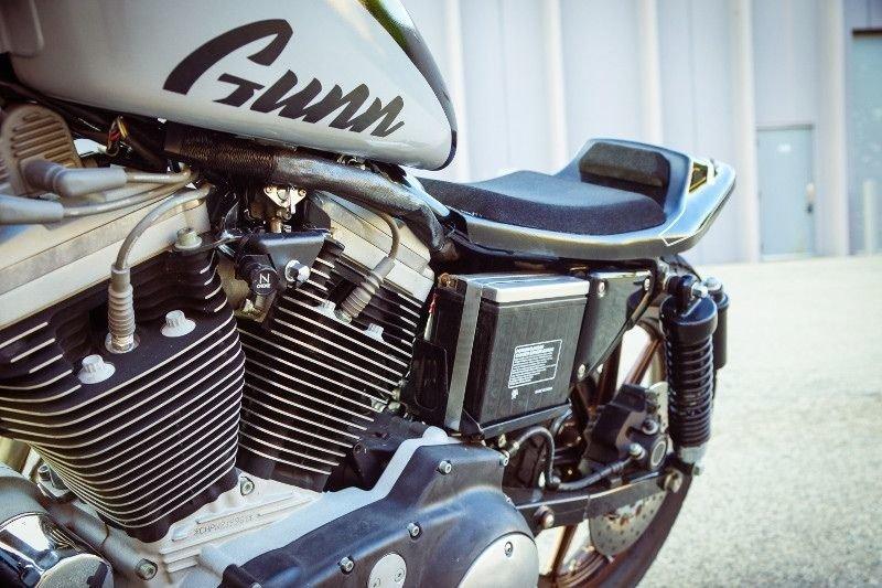Gunn Design_ трекер Harley_Davidson Sportster Super Hooligan_14 фото _ 1 видео_ (8)
