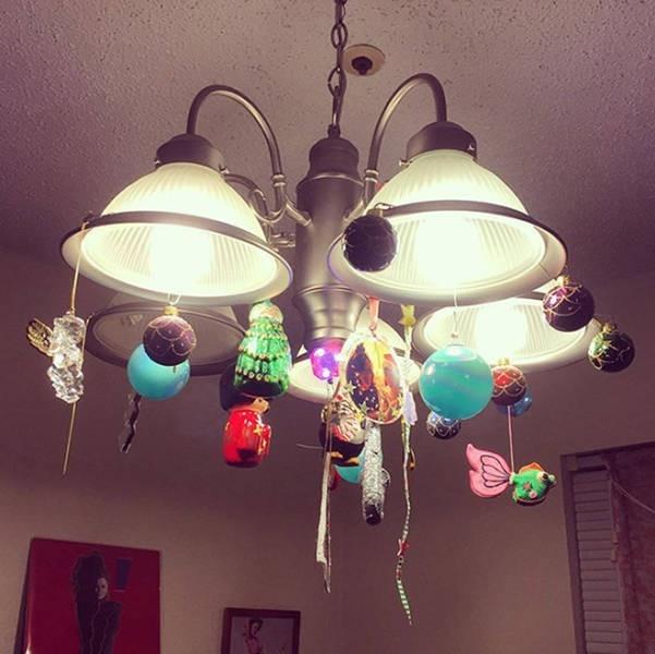 Креативные способы защиты новогодних украшений от домашних питомцев (20 фото) (4)