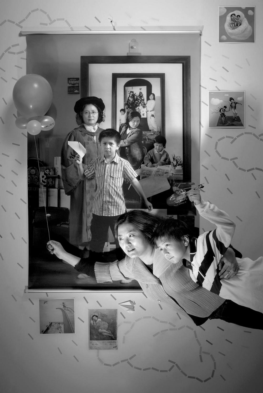Мама 17 лет делает автопортреты с сыном и каждый последующий снимок на фоне предыдущего 8