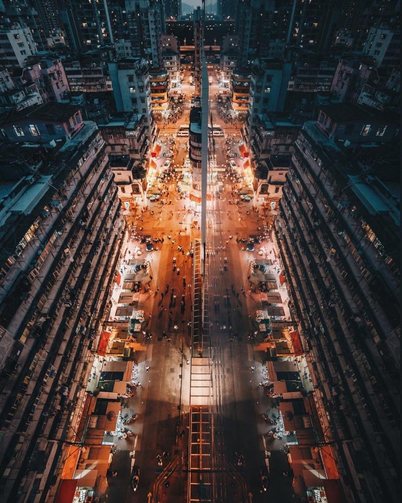 Яркие уличные фотографии Гонконга Дональда Чана (10)