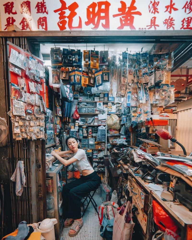 Яркие уличные фотографии Гонконга Дональда Чана (5)