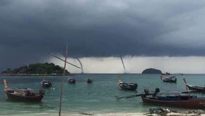 Аномалия в Таиланде – 4 смерча: видео и фото