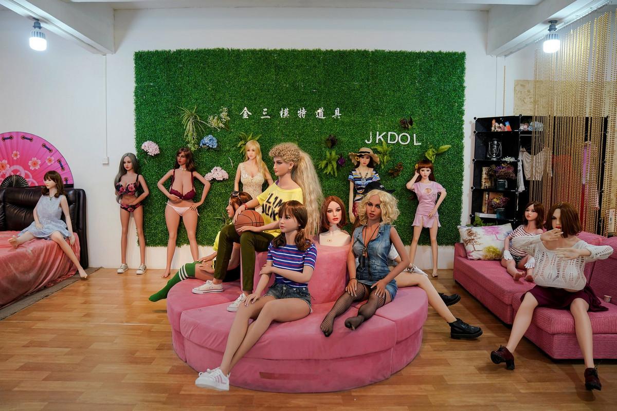 В Китае начали производство кукол для взрослых с искусственным интеллектом