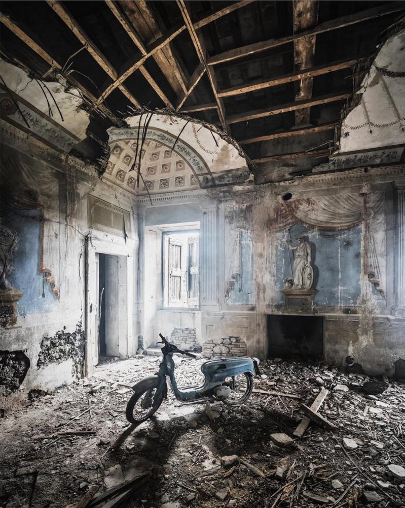 Покинутые людьми места на снимках Саймона Йонга (1)