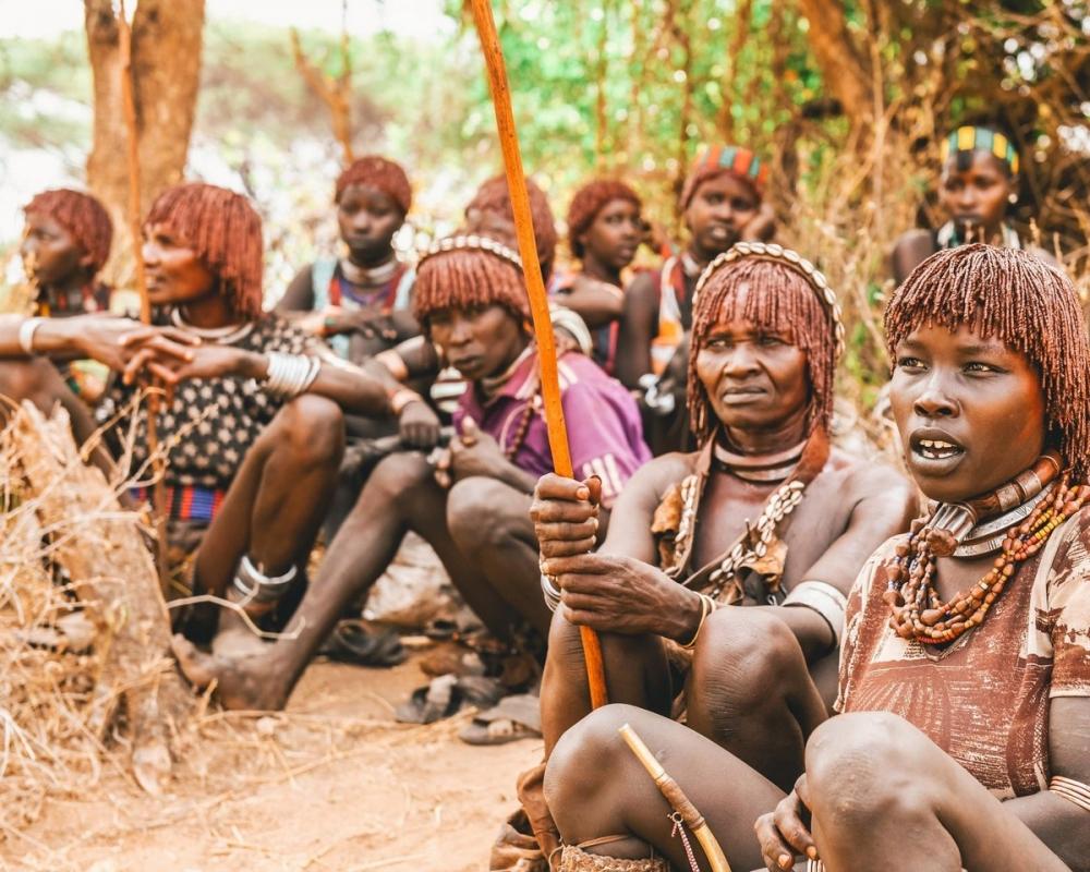 Удивительные фотографии представителей племени хамар (12)