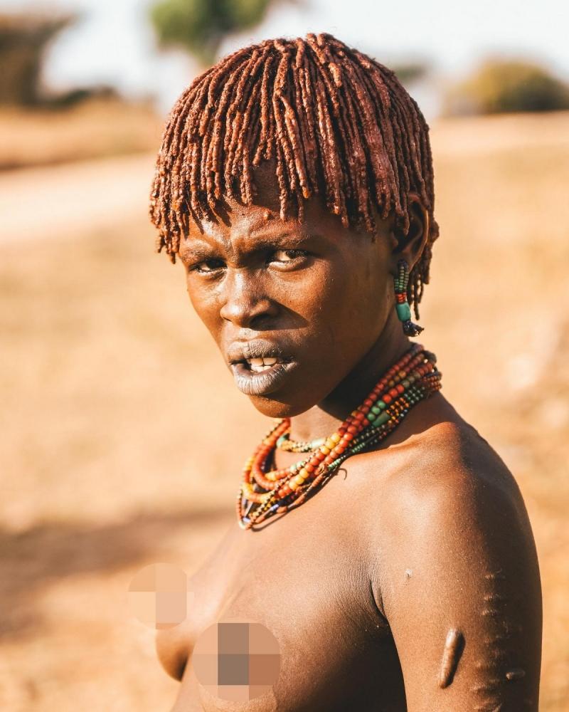 Удивительные фотографии представителей племени хамар (14)
