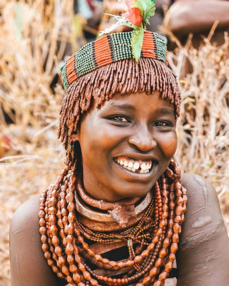 Удивительные фотографии представителей племени хамар (8)