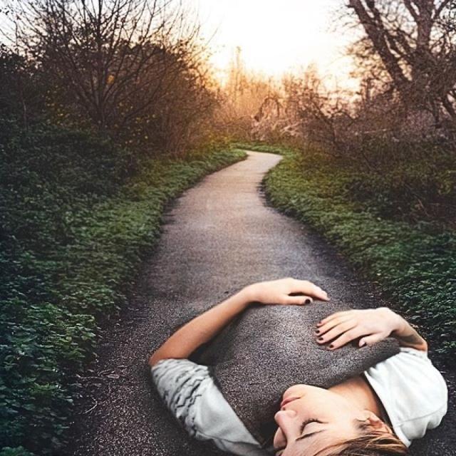 Природа и человек: необычные иллюзии иллюстратора Моники Карвалью
