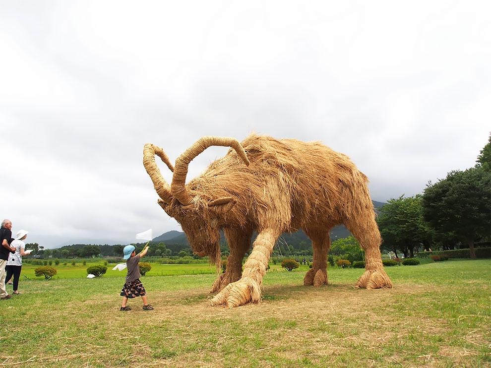 Wara Art Festival в Японии (1)