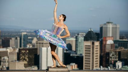 «PLI.Ē» - сила танца и бумаги на улицах мегаполисов