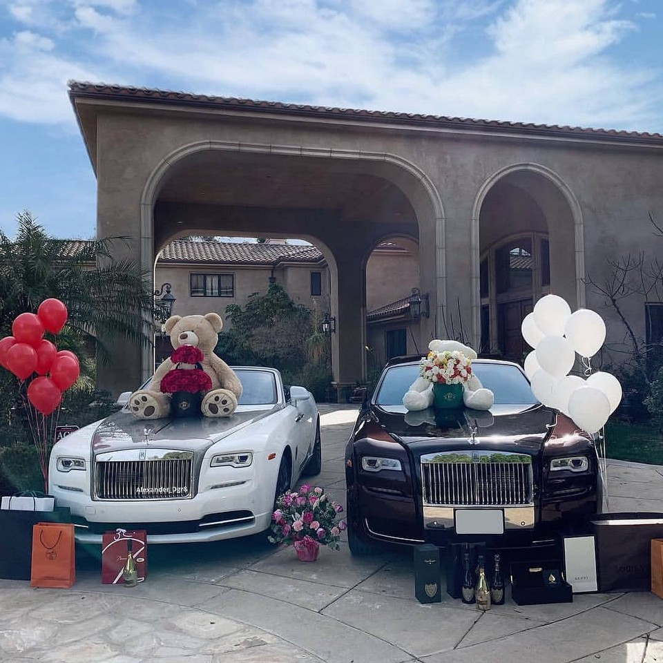 Подарки «золотой молодежи» на День Святого Валентина: фото из Instagram