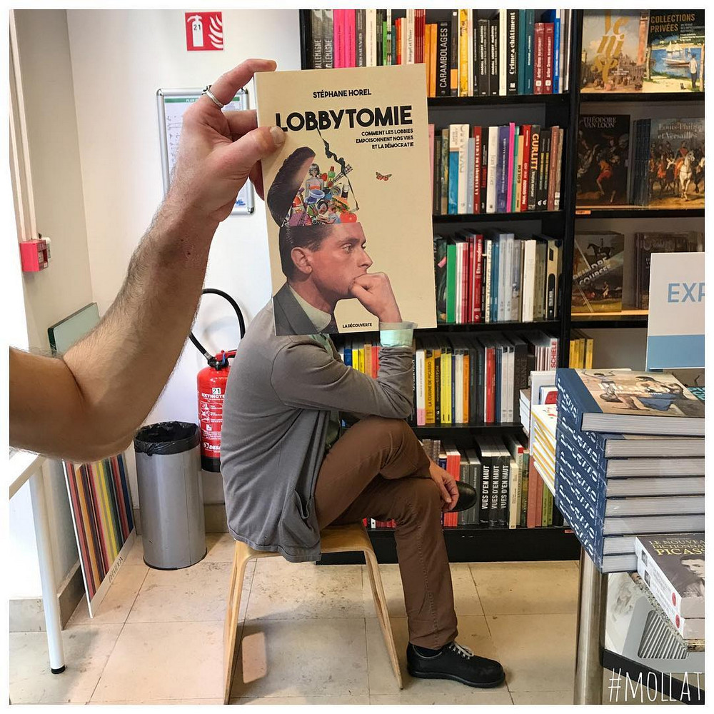 Book_Face_kreativnye_snimki_s_oblozhkami_knig 11