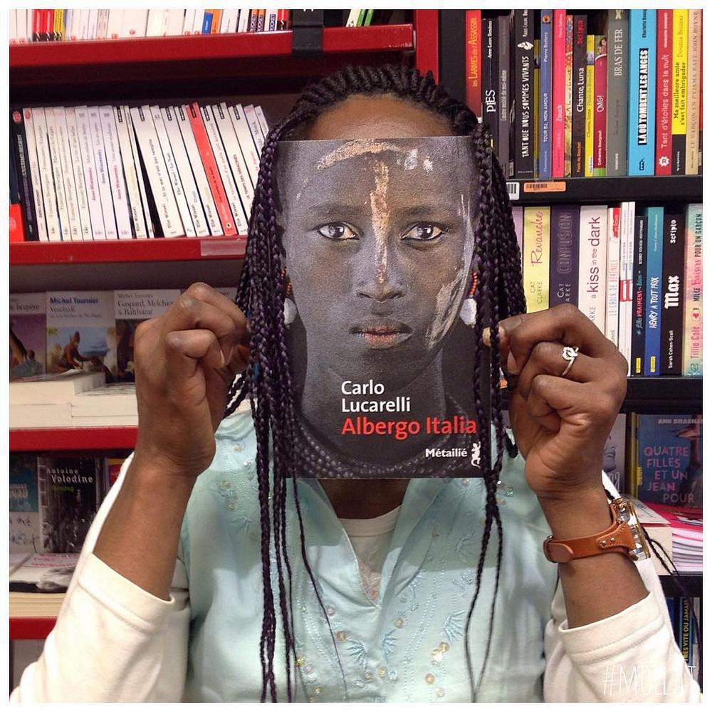 Book_Face_kreativnye_snimki_s_oblozhkami_knig 2