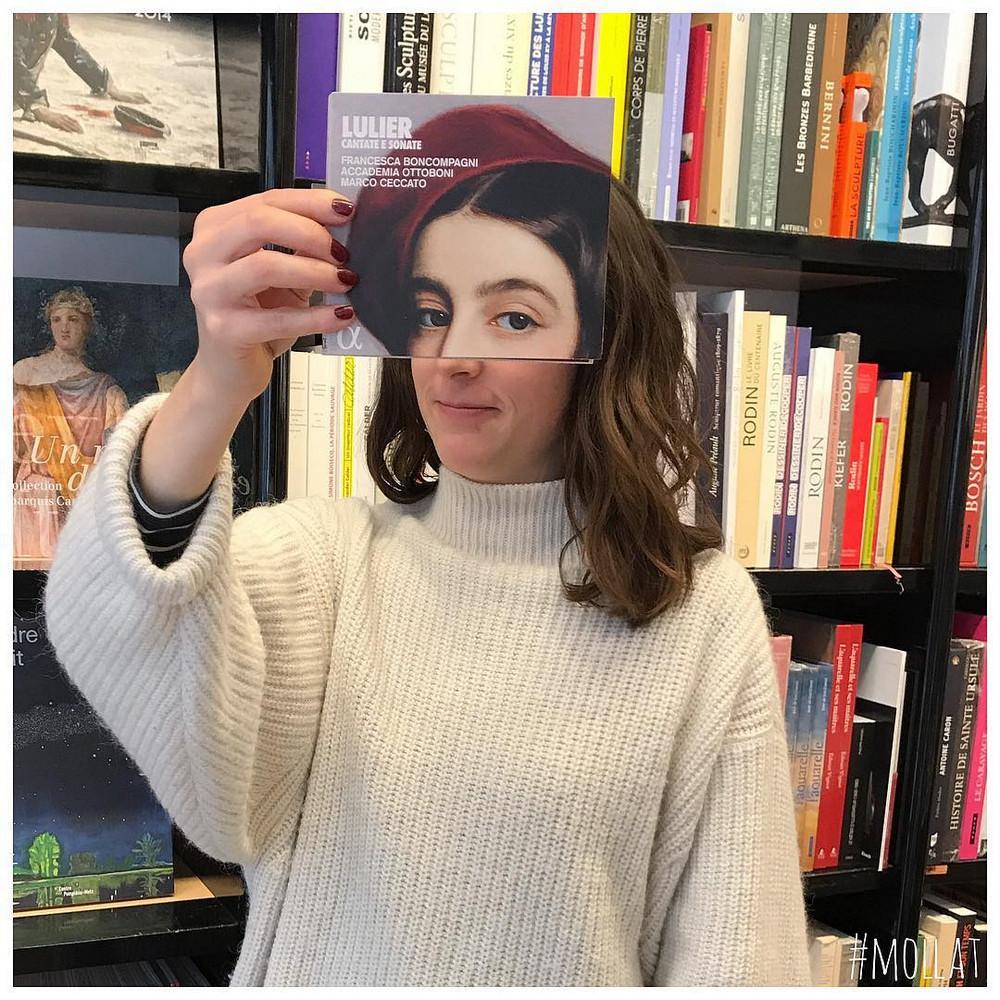 Book_Face_kreativnye_snimki_s_oblozhkami_knig 6