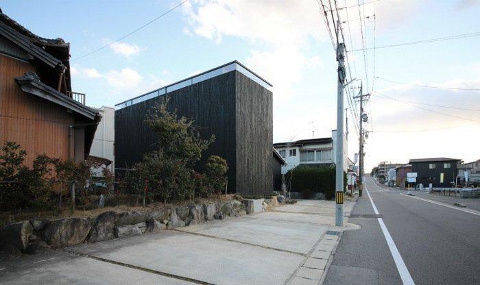 Дом без окон: жилая постройка в Японии