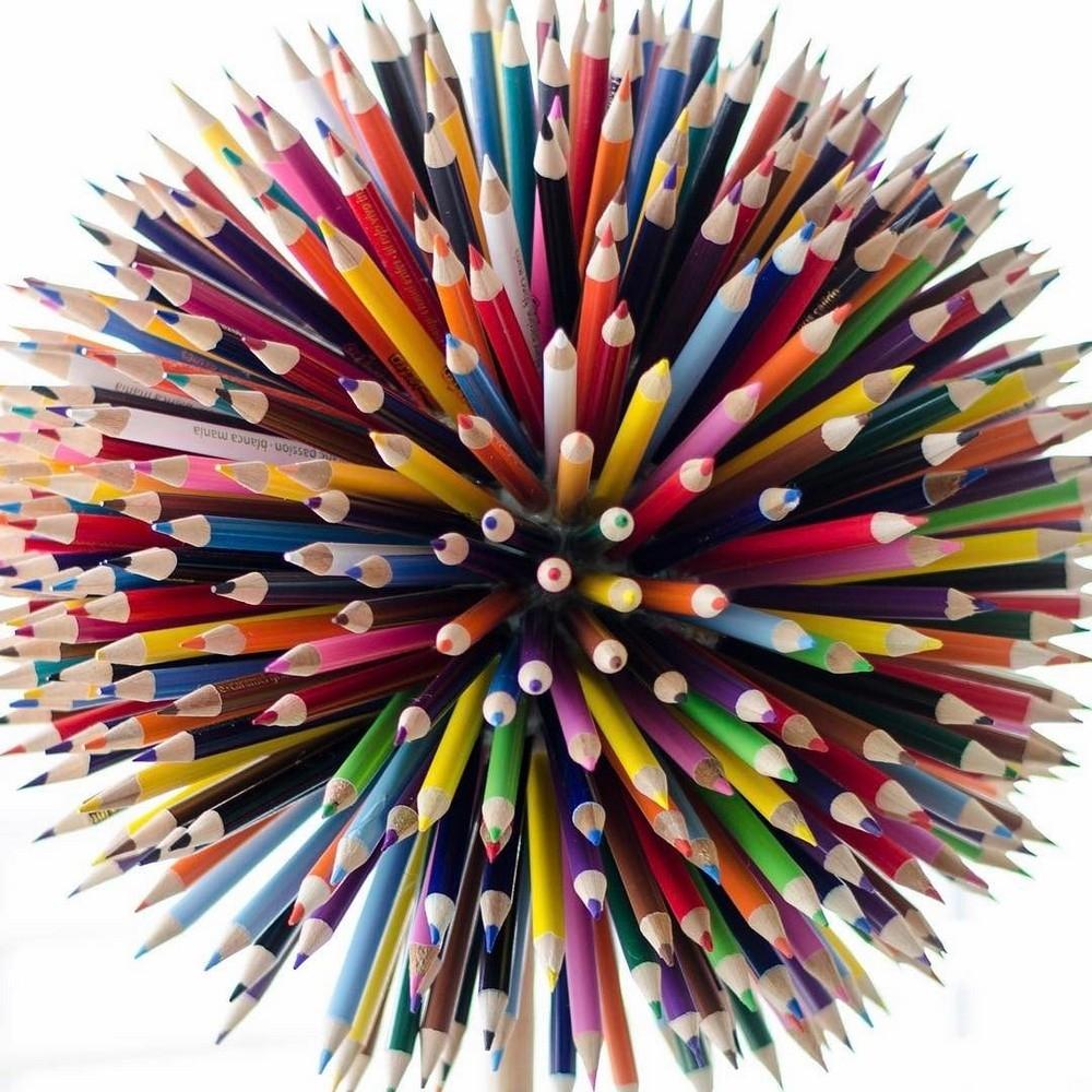 Эти большие мазки краски на самом деле рисунки карандашом (1)