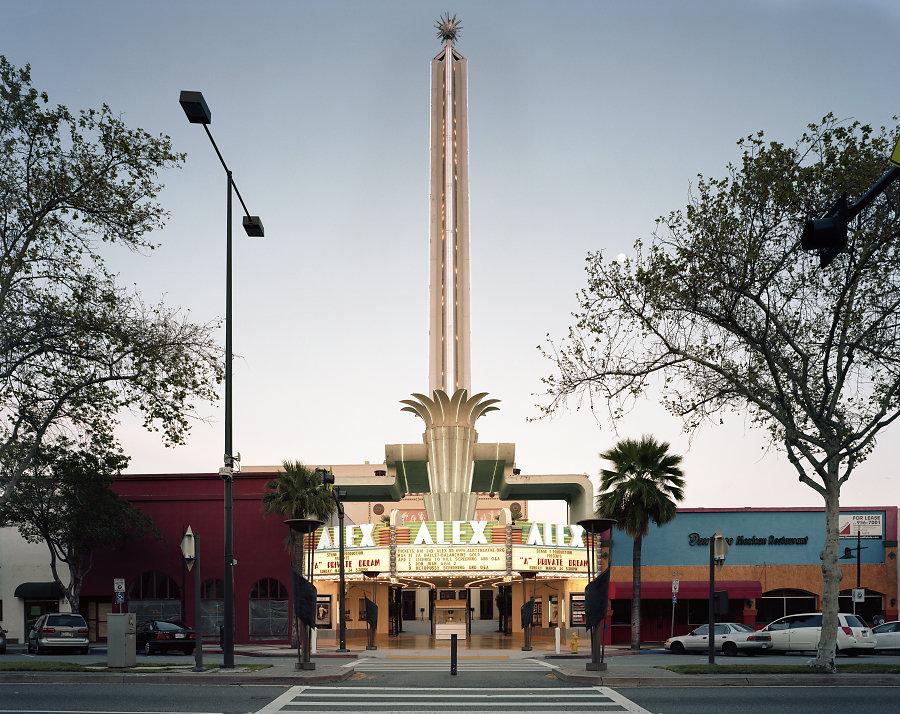 Кинотеатры мира в фотопроекте Стефана Заубицера_ «В этих залах есть ощущение тайны» 6