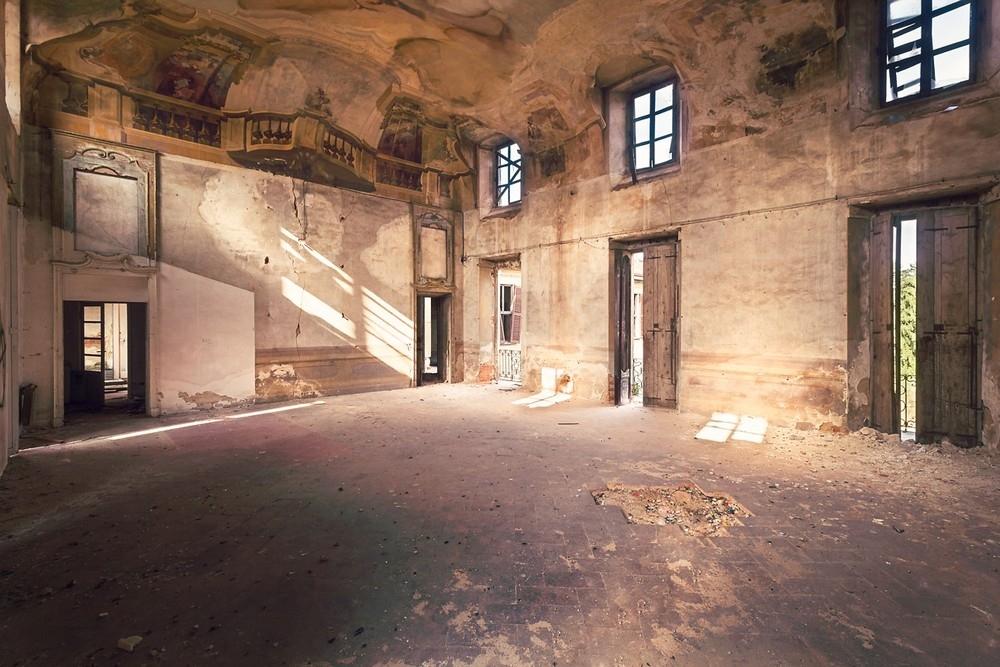 Красивые заброшенные здания Италии (21)